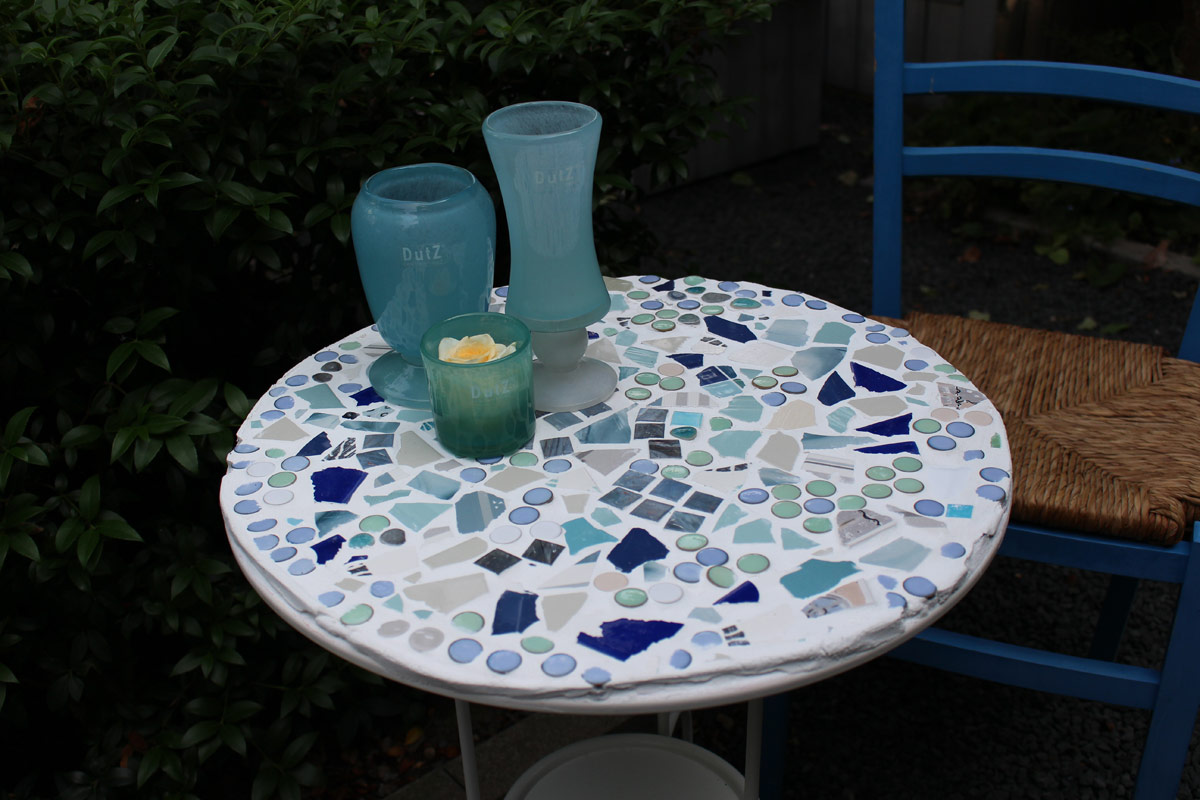 workshop mosaik tisch floristik schleiting. Black Bedroom Furniture Sets. Home Design Ideas